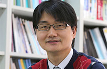 Prof. Tae-Woo Lee Develops a Novel and Efficient Fabrication Technology for Cross-Shaped Memristor Array