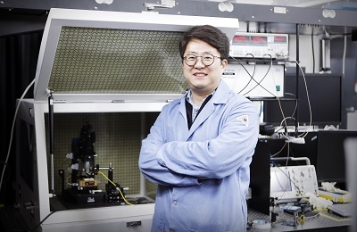 Super-resolution photoacoustic microscopy finds clogged blood vessels.
